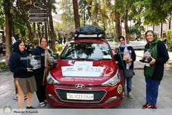 """Mothers on wheels"" rally traverses Iran on way to London"