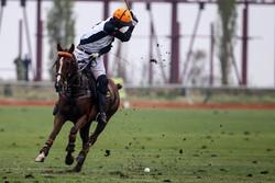 """مسابقات كرة الصولجان """"بولو"""" بين فرق الجيش الايراني /صور"""