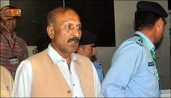 پاکستانی عدالت عظمی نے زمینوں پر قبضوں کے الزام میں منشا بم کو گرفتار کرلیا