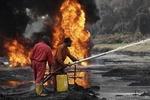 شمار قربانیان انفجار خط لوله نفت نیجریه به ۶۰تن رسید