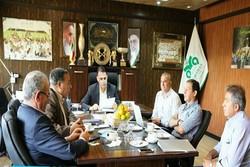 نمازی در جلسه هیاتمدیره ذوبآهن حاضر شد