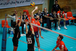 دیدار تیم های والیبال سایپا تهران و عقاب نهاجا