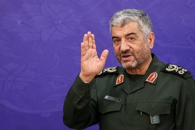 اللواء جعفري يصل الى خوزستان بصدد تفقد المنفذين شلمجه وجذابه