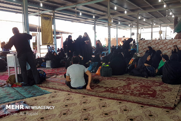 زائران اربعین در مرز شلمچه