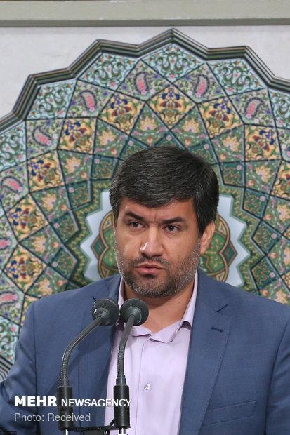 إجتماع قائد الثورة الاسلامية مع مجموعة من النخب العلمية