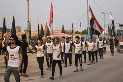سوق الشیخ کے شیعوں کا کربلا معلی کی طرف 350 کلو میٹر پیدل مارچ