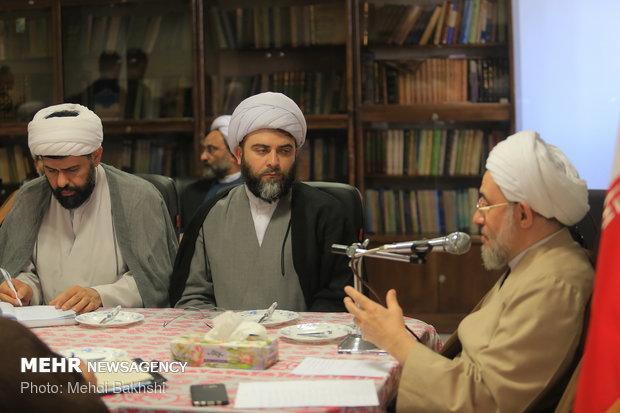 ستاد مقابله با جنگ روانی راهاندازی شود/ تأکید بر رسیدگی به مساجد