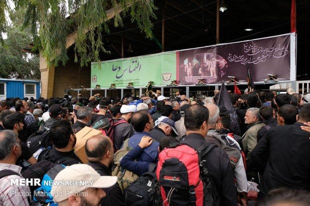 ارائه خدمات به زائران افغانی در مرز دوغارون خراسان رضوی