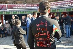 توافد زوار أجانب لتوجه نحو مسيرة الاربعين عبر معابر ايران الشمالية / صور
