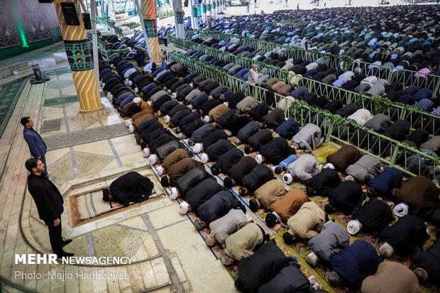 معیار فضیلت وشخصیت انسان در اسلام تقوا است/اربعین نمادآزادی خواهی