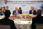 وزیران دفاع آمریکا و روسیه با یکدیگر دیدار کردند