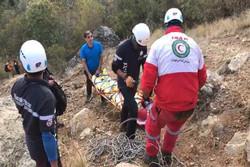 سقوط کوهنورد۳۵ساله از ارتفاعات «کلکچال»/مصدوم با بالگرد منتقل شد