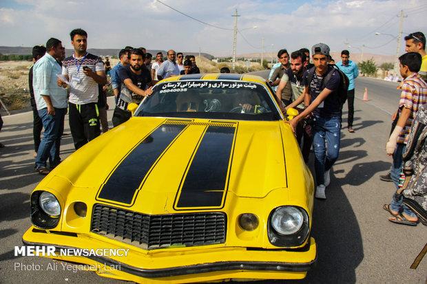 کورس سرعت اتومبیل ها در لار با مسابقات درگ