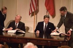 خطر خروج ترامپ از  پیمان منع موشکهای هسته ای برای امنیت جهانی