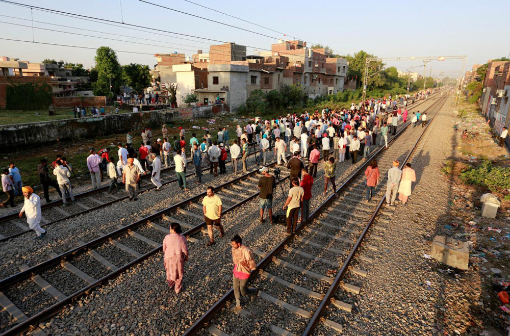 Amritsar Train Tragedy: Family of 13-year-old victim holds protest