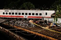 ۲۲ کشته و ۱۷۱  زخمی در خروج قطار از ریل