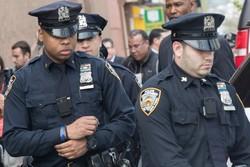 برنامه تجهیز یونیفرم افسران پلیس به دوربین معلق شد