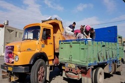 ارسال ۸ تن سیب زمینی و آرد از نهاوند به مرز مهران
