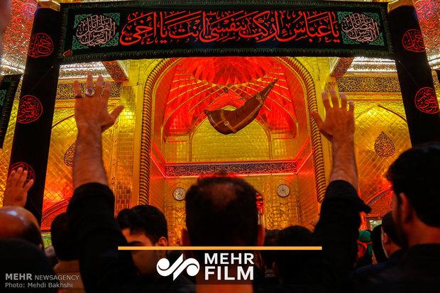 فلم/ پاکستانی نوحہ خواں نےحضرت امام حسین (ع) کی شان میں نوحہ پیش کیا