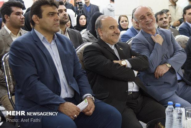وزير الرياضة يفتتح حديقة ملاهي مائية في البرز