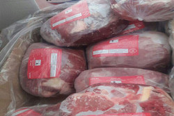 ۳۰ تن گوشت قرمز منجمد در فروشگاههای گیلان توزیع می شود
