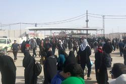 خرابی سیستم ثبت ورود در عراق و ازدحام جمعیت در پایانه مرزی مهران
