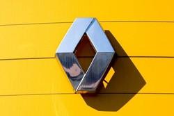 Renault Q3 revenues fall 6% on emerging markets, Iran retreat