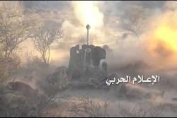 حمله توپخانهای ارتش یمن به مواضع متجاوزان در «عسیر»