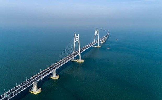 """الصين تفتتح """"الجسر المعجزة"""" الأطول عالميا"""