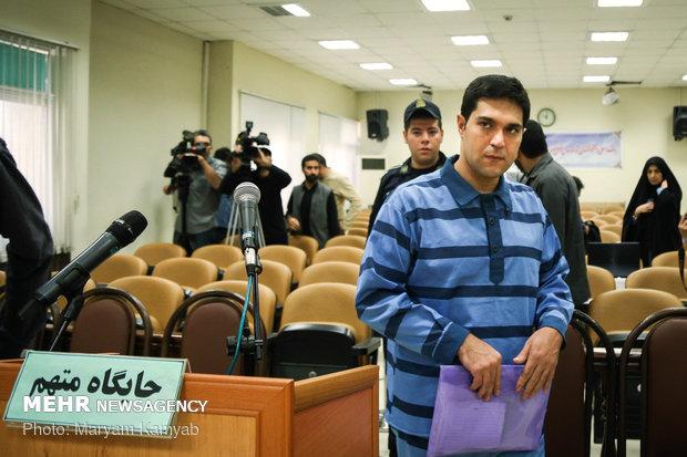 دادگاه رسیدگی به پرونده متهم واردکننده موبایل