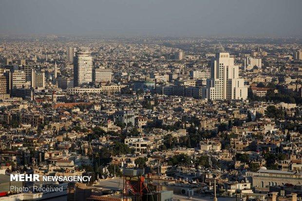 موقع إسرائيلي يعلق على إعادة أبو ظبي لسفارتها بدمشق