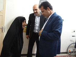 خانواده شهید ورزشکار در دشتی تجلیل شد