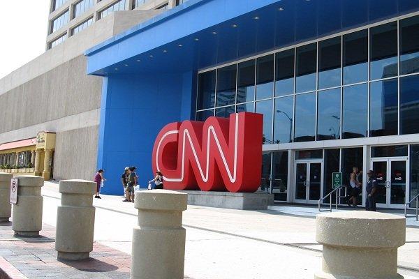 سی این این نے اسرائیل  پر تنقید کرنے والے صحافی سے معاہدہ ختم کردیا
