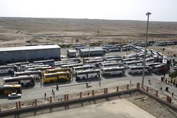 ترافیک سنگین و تردد پرحجم زائران اربعین در مسیرهای منتهی به عراق