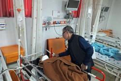 رئیس مرکز فوریتهای پزشکی لرستان از مصدومان تصادف اتوبوس زائران عیادت کرد