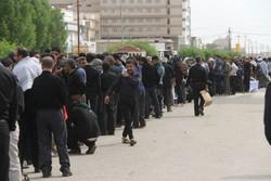 صف طولانی ایرانیان برای دریافت ارز در نجف