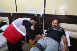 خدمات رسانی به ۱۶ کاروان پیاده توسط هلال احمر گناباد