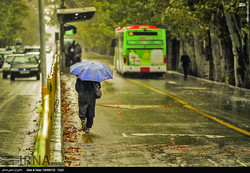 Tehraners breathe clean air during first month of autumn