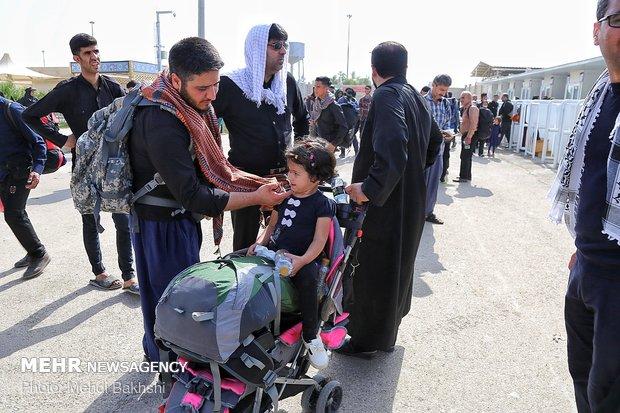 أكثر من مليون و422 الف حالة مرور في منفذ مهران منذ بداية شهر صفر