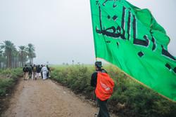 """مشاية اربعين الامام الحسين في """"طريق العلماء"""" / صور"""