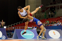 Iran GR wrestlers bag 2 gold, 2 bronze on opening day of Asian C'ships