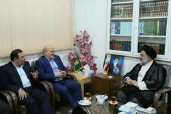 رئیس سازمان محیطزیست با نماینده ولیفقیه در لرستان دیدار کرد