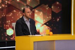 توضیحات علی فروغی درباره حواشی شبکه سه/ «نود» ادامه پیدا میکند