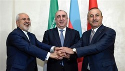 Zarif meeting Turkish, Azeri counterparts in Istanbul