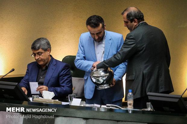 المجلس يوافق على مشروع دعم البضائع الايرانية