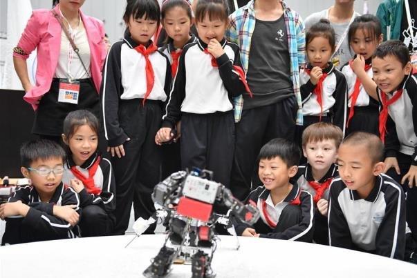 تصاویر مسابقات ملی رباتیک و هوش مصنوعی چین