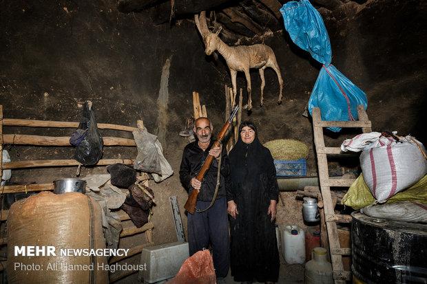 """حياة العشائر البختيارية في محافظة """"لرستان"""""""