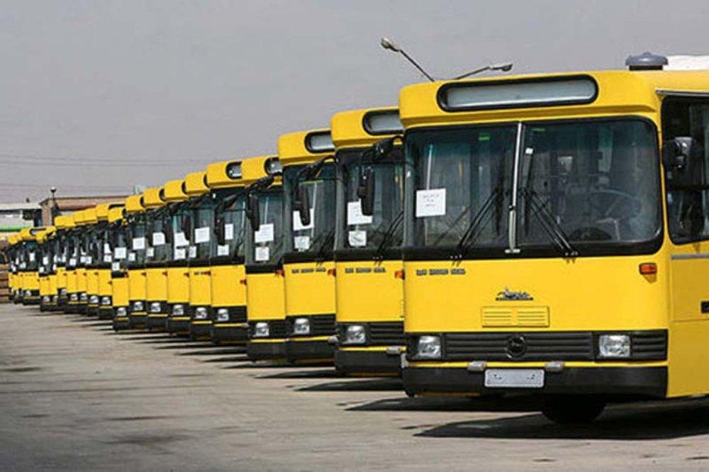 رانندگان اتوبوس در شیراز خواستار رسیدگی به مطالباتشان شدند