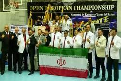 Iranian karatekas