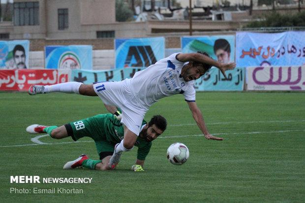دیدار تیم های فوتبال گل گهر سیرجان و اروند خرمشهر